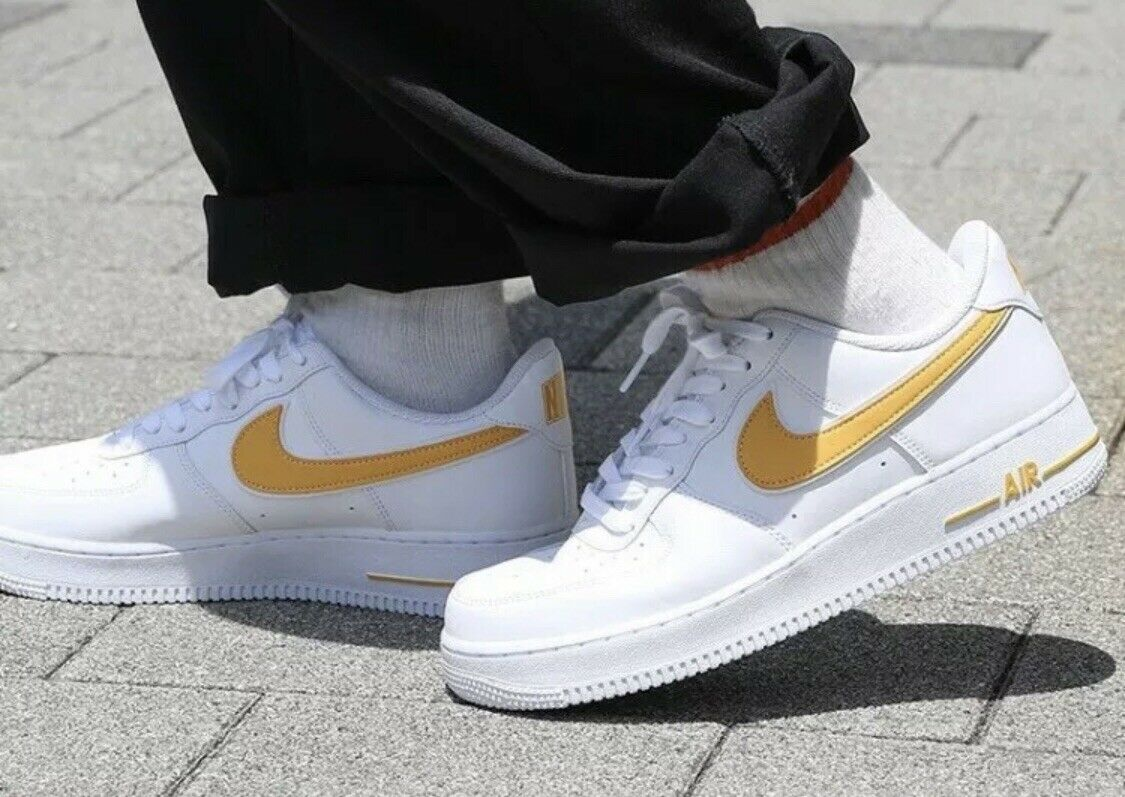 Nike Air Force 1'07 3 AF1 Men's Trainers Uk 13 Eur 48.5 AO2423-105 Weiß Gold
