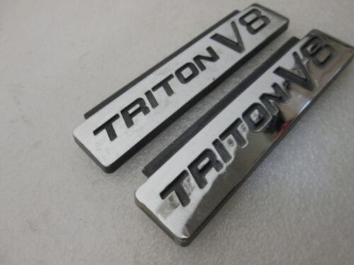Pair Ford Triton V8 fender original emblem