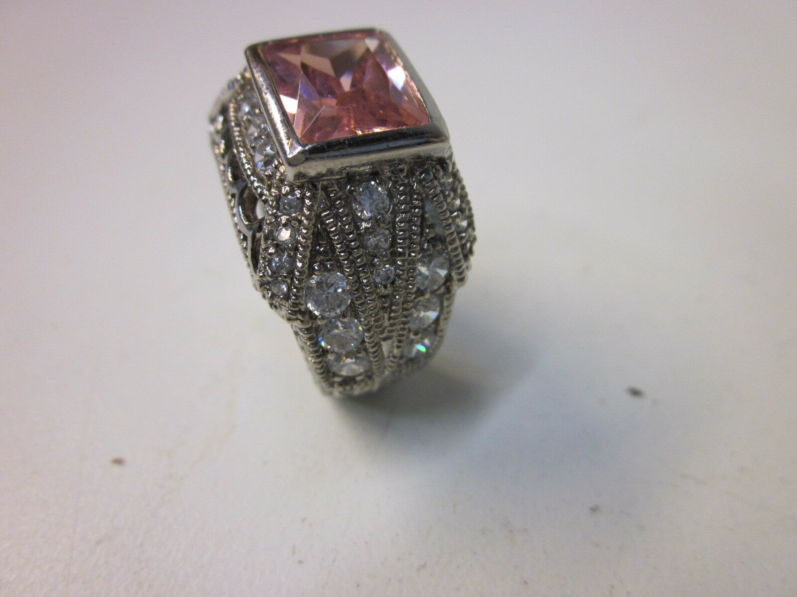 925 Sterling Ring w Pave-Set' of Cubic Zirconia and Top with a Pink Ice CZ Stone