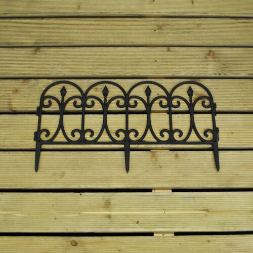 60.5cm x 32.5cm Set of 5 Plastic Lawn Edging Curved Top Panels Textured Finish