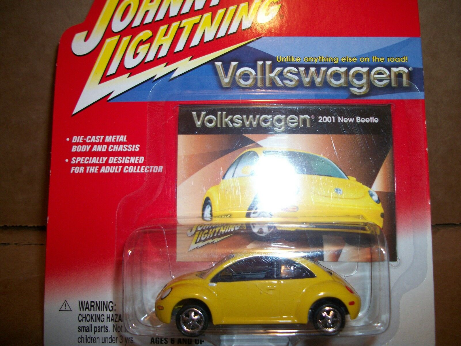 7 cars cars cars Johnny Lightning Volkswagen New Beetles; all Mint on card, all different 791253
