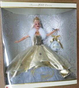NEW 2000 Celebration Special Edition Barbie Gold Dress /& Ornament