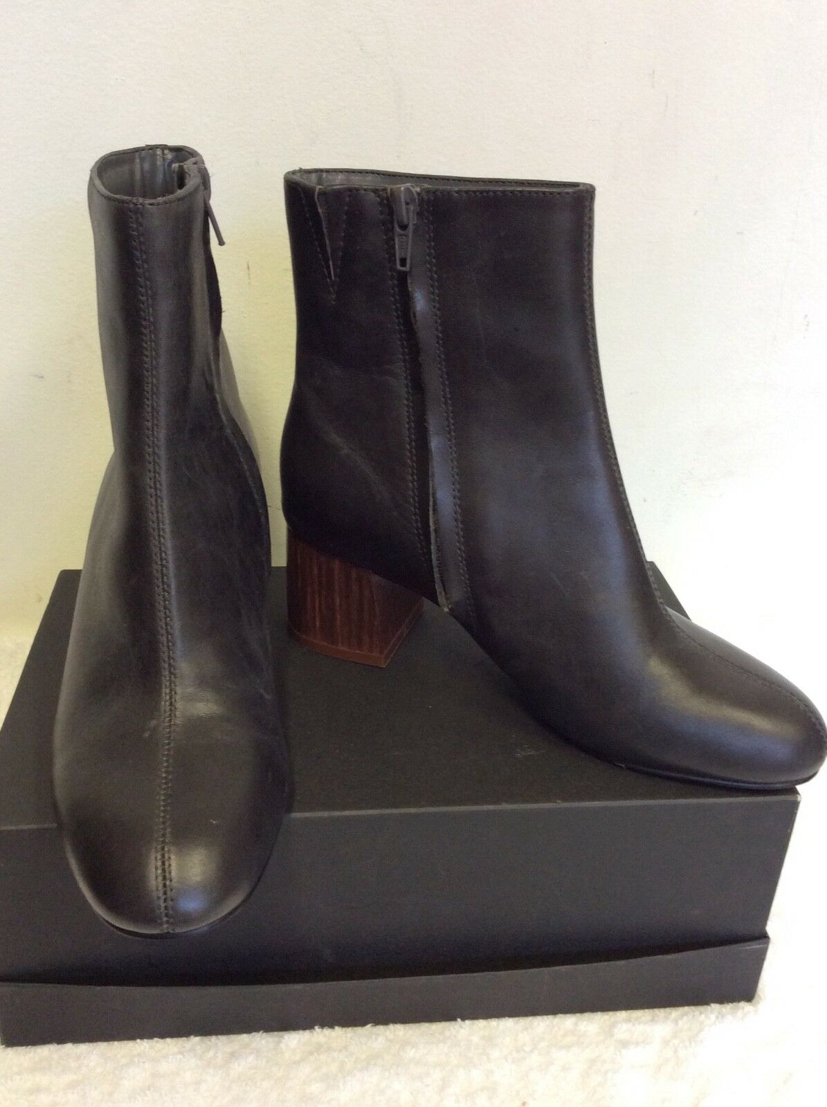 MARKS & SPENCER AUTOGRAPH CHARCOAL GREY LEATHER ANKLE BOOTS SIZE 3 35.5 RRP