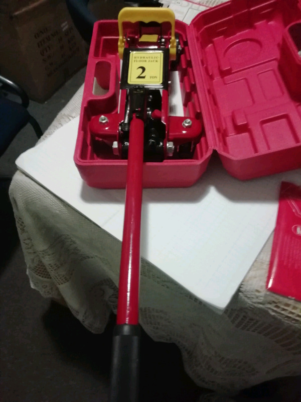 2 Ton Jack's for Sale
