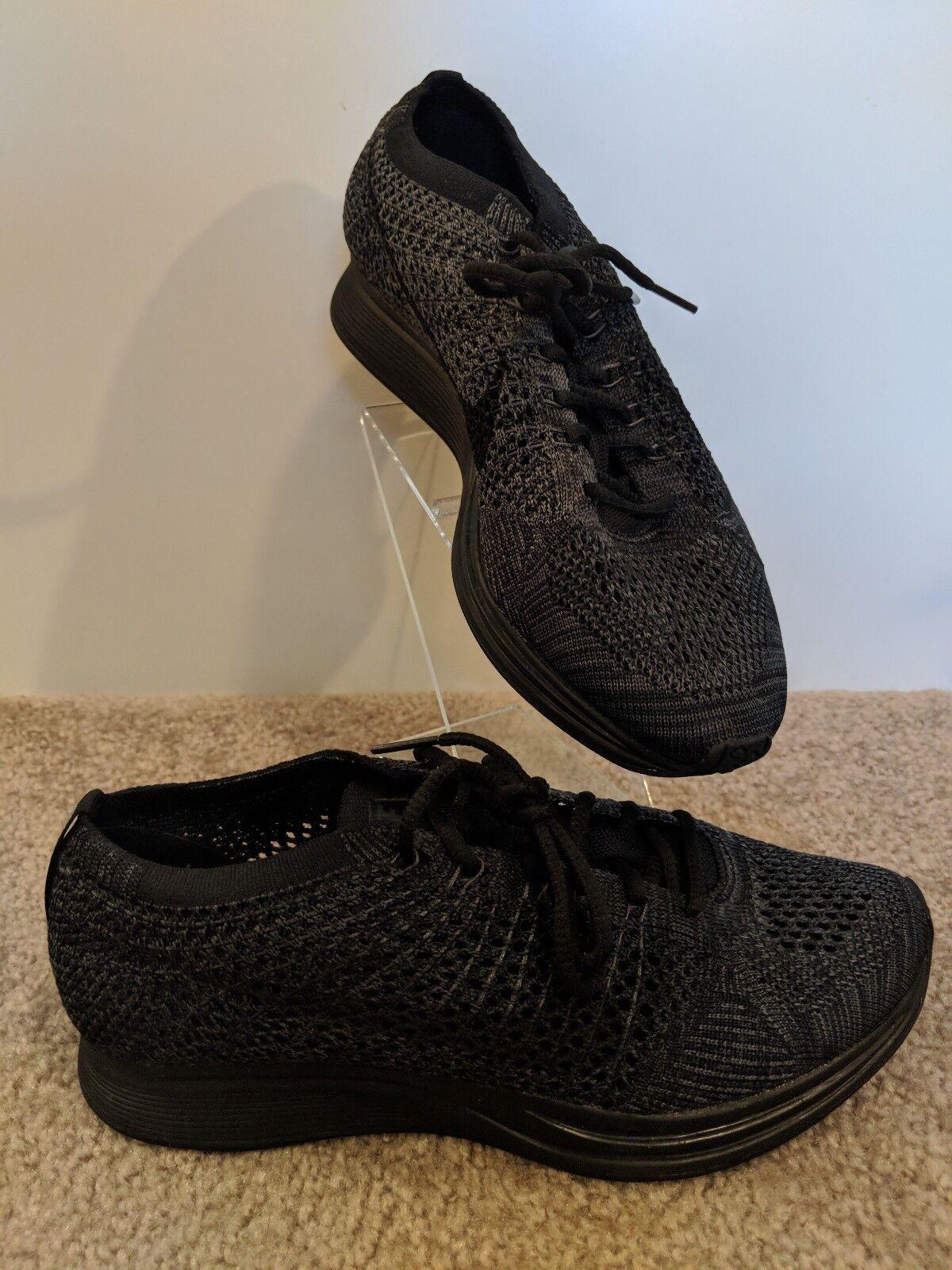 New Nike Flyknit Racer Triple Black Trainer 526628-009 Men's Sz 6.5Women's Sz 8