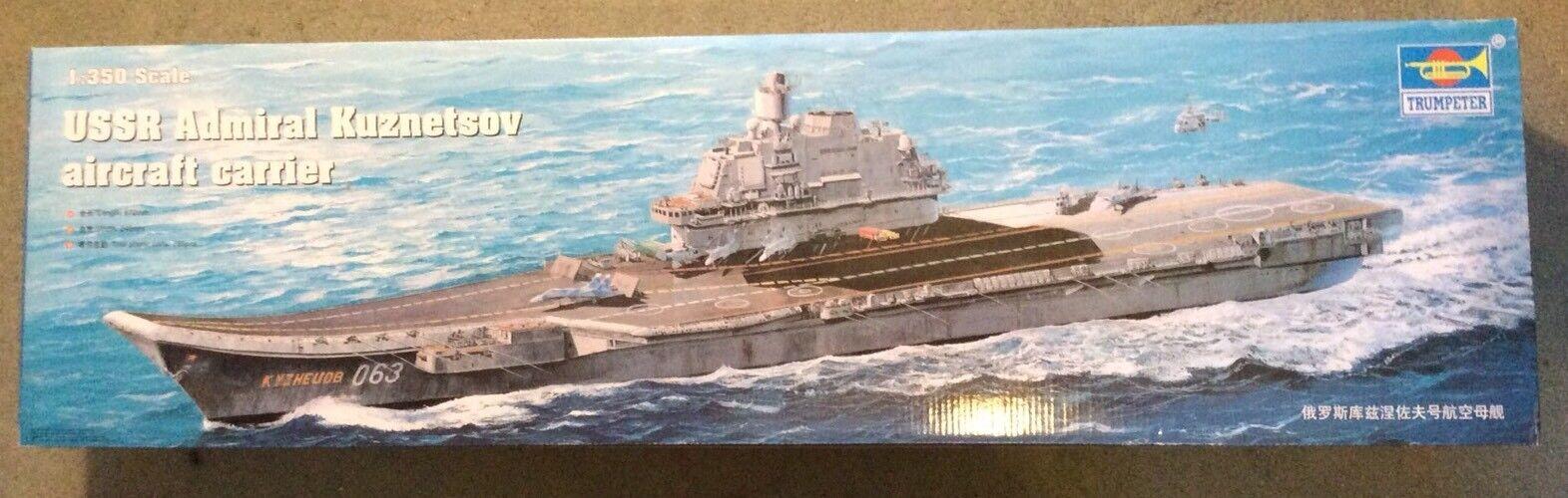 Trumpeter 1 350 USSR Admiral Kuznetsov Aircraft Carrier