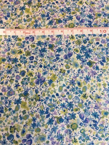 1 X grasa trimestre Flores Primavera En Azul 100/% algodón MAKOWER Tela Coser//quilting
