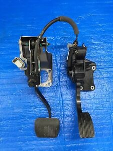 2012 2014 Ford F150 Power Adjustable Accelerator Pedal Brake Pedal W