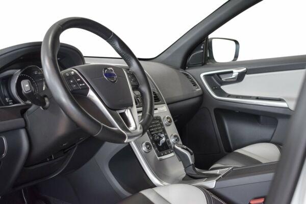Volvo XC60 2,0 D3 150 Summum aut. billede 8