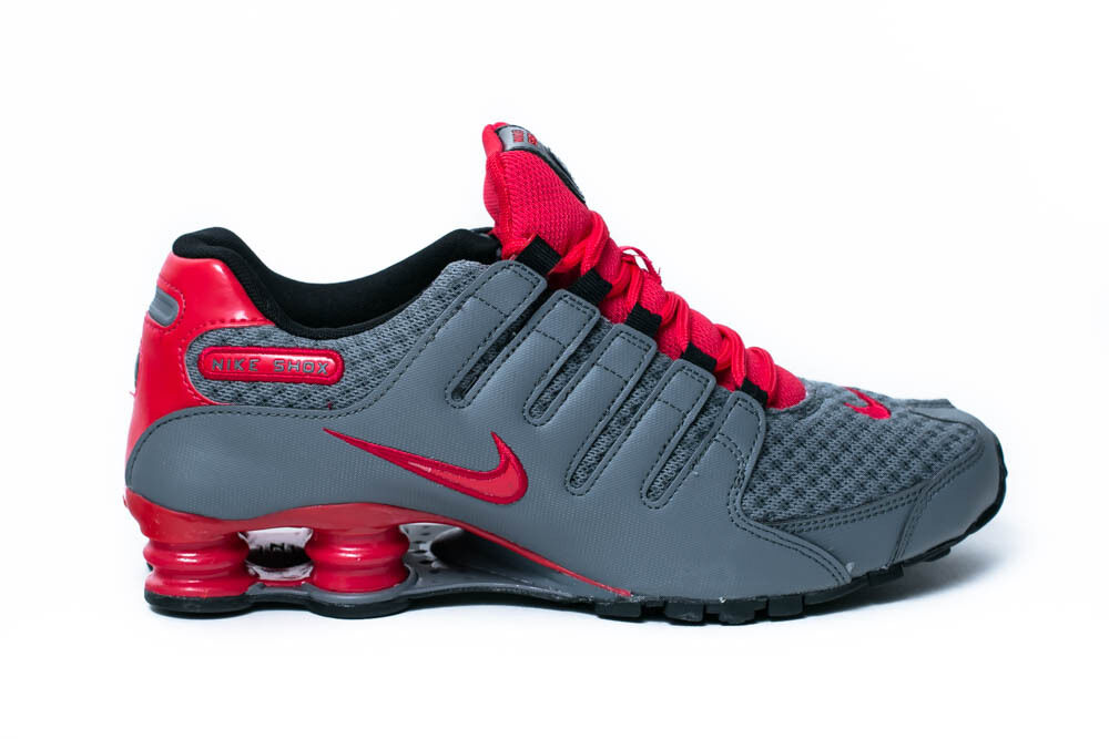 5ca3145a869b6 NIKE AIR SHOX NZ SE MENS RUNNING SHOES SIZE  8 COOL GREY ACTION RED 833579  006 ...