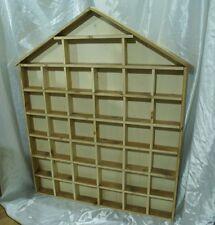 Bacheca espositore in legno per accendini e altri oggetti da collezione souvenir
