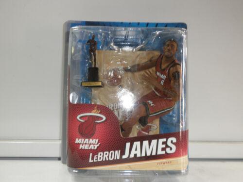 LEBRON JAMES TROPHY MVP MCFARLANE NBA 24 REG MIAMI FIGURE
