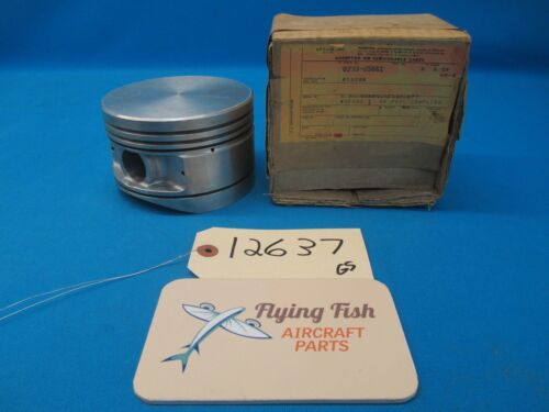 12637 2 Lycoming O-435 O-290 Engine Pistons 0233-65661 65661 NEW OLD STOCK