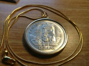1958-BC-Totem-Canada-800-Silver-Dollar-Pendant-on-a-24-034-18kgf-Gold-Filled-Chain