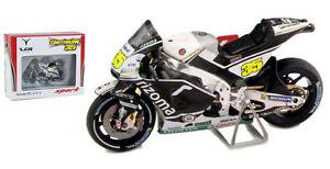 SPARK-M43026-HONDA-RC213V-039-LCR-039-2nd-British-MotoGP-2016-C-Crutchlow-a-echelle-1-43