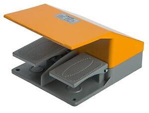 Fussschalter-YDT1-15-mit-Schutzhaube-Trittschalter-Fusspedal-Schalter-Fernschalter
