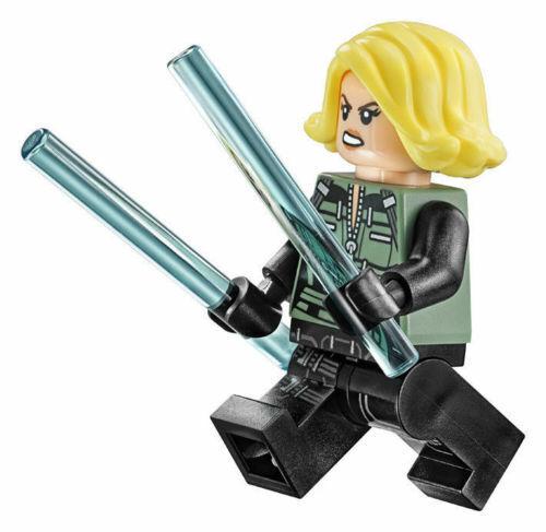 batons 76101 authentic LEGO Marvel Black Widow minifigure