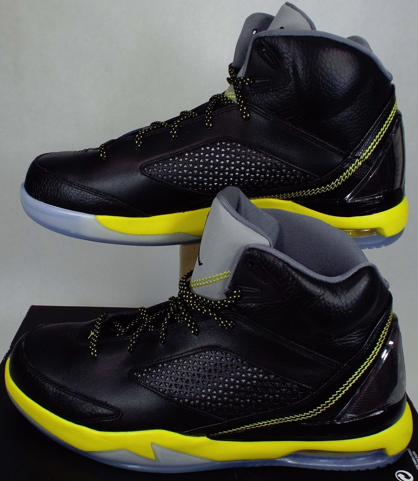 New Mens 13 NIKE Jordan Flight Remix Black Yellow High Shoes 160 679680-070