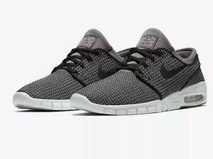 new style 410da 9ff83 Image is loading Nike-SB-Stefan-Janoski-Max-Skate-Shoes-Black-