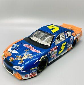 NIP-Terry-Labonte-5-Kellogg-039-s-Looney-Toons-Monte-Carlo-1-24-WC-NASCAR-Replica