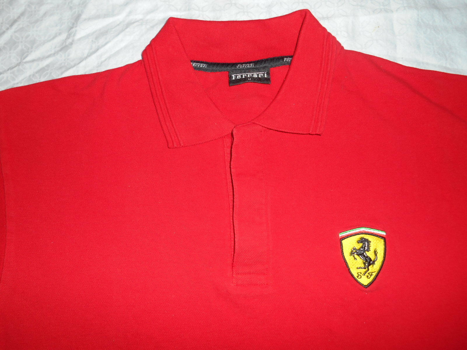 FERRARI SCUDERIA EMBROIDERED RED POLO SHIRT SIZE MEDIUM FROM ITALY.