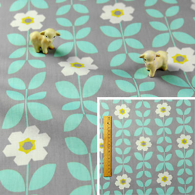 BLUE GREY Fat Quarter100/% Cotton Fabric FQCraft Quilt Sew Retro Flowers