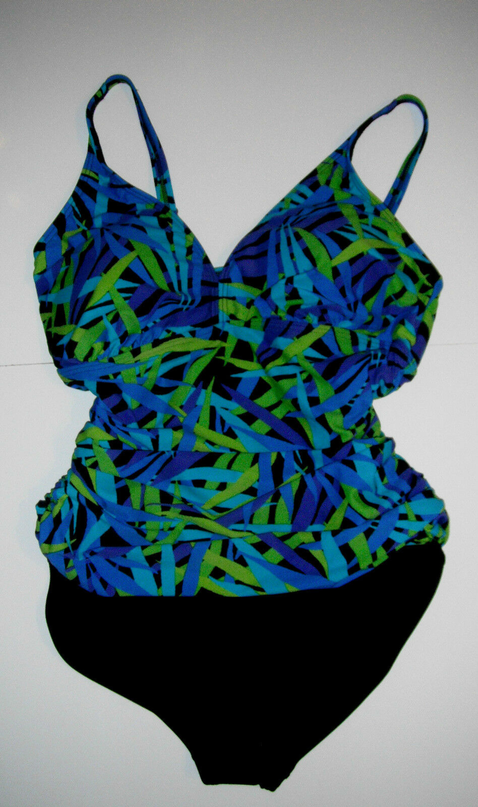 NWT Ocean Dream Signature Falling Leaves Shirred Front 1-pc Swimsuit sz 8   121