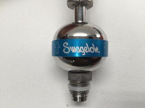 Swagelok Compact Outlet 30 psi High-Flow Gas Regulator Inlet 1000 psi