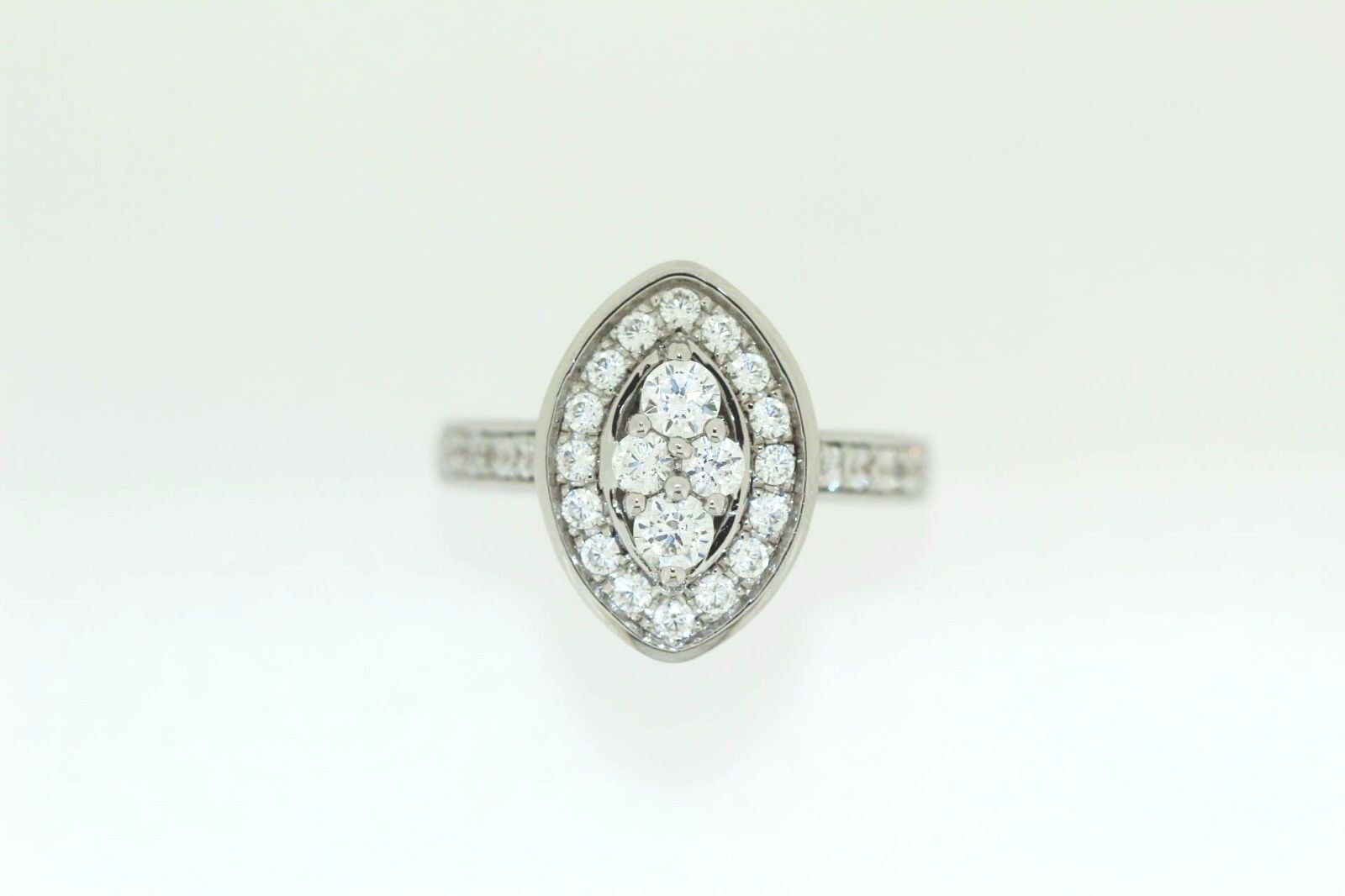 925 Cubic Zirconia Ring ( 1.59 cts)