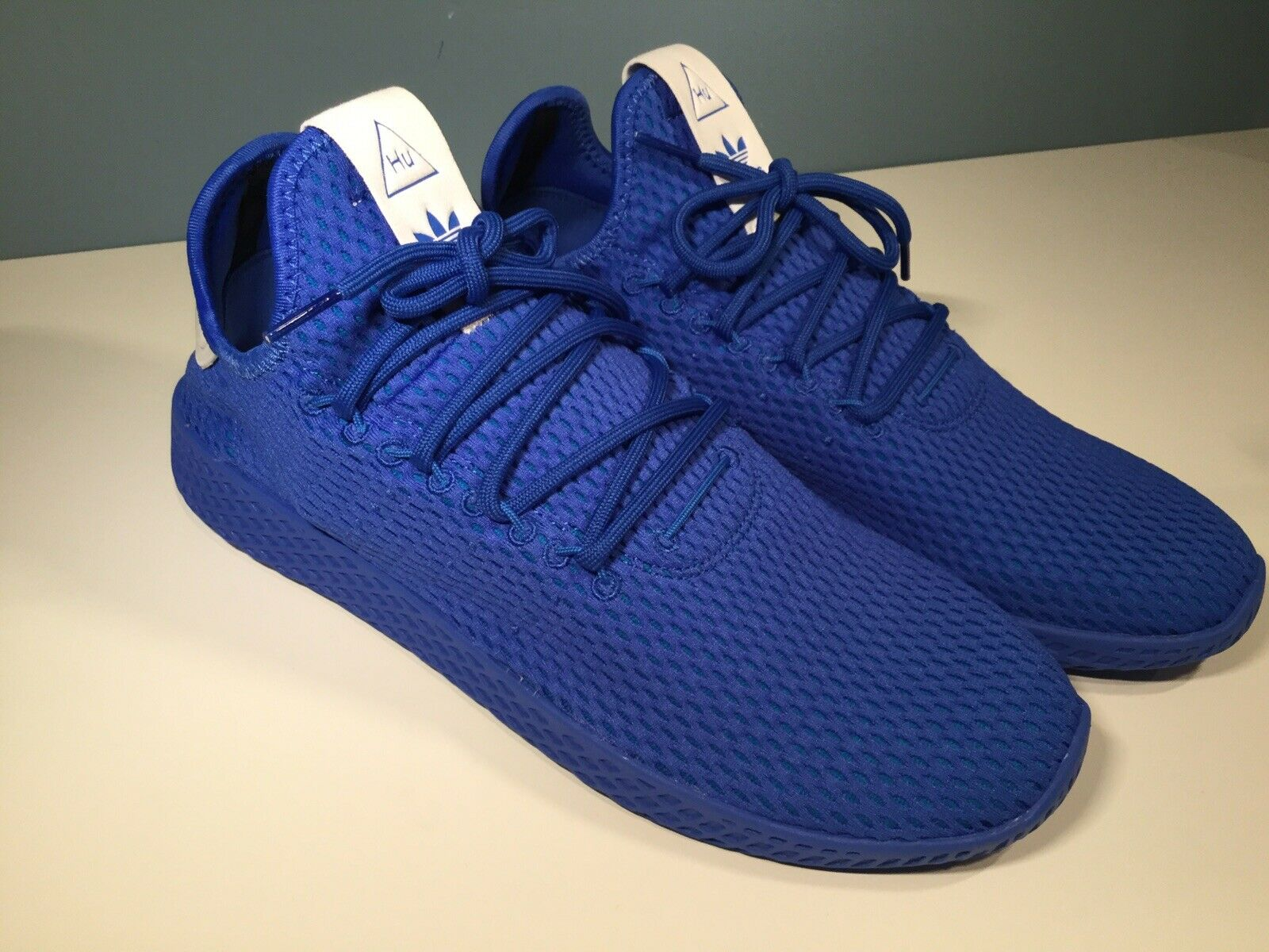Adidas Pharrell Williams Tennis Hu shoes Men's bluee CP9766 Size 8.5