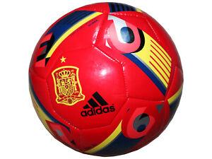 adidas-Spanien-Fan-Fussball-rot-Gr-5-Beau-Jeu-Glider-FEF-Training-Fussball-Sport