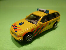 HONGWELL BMW 325 325i TOURING - AMBULANCE 112 HOLLAND - 1:65? - GOOD CONDITION