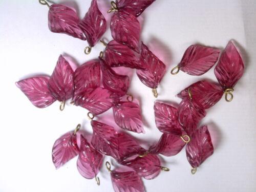 VTG 24 ROSE PINK TRANSP GLASS CURVY VEINED LEAVES PRESSED BEAD PENDANT #100514