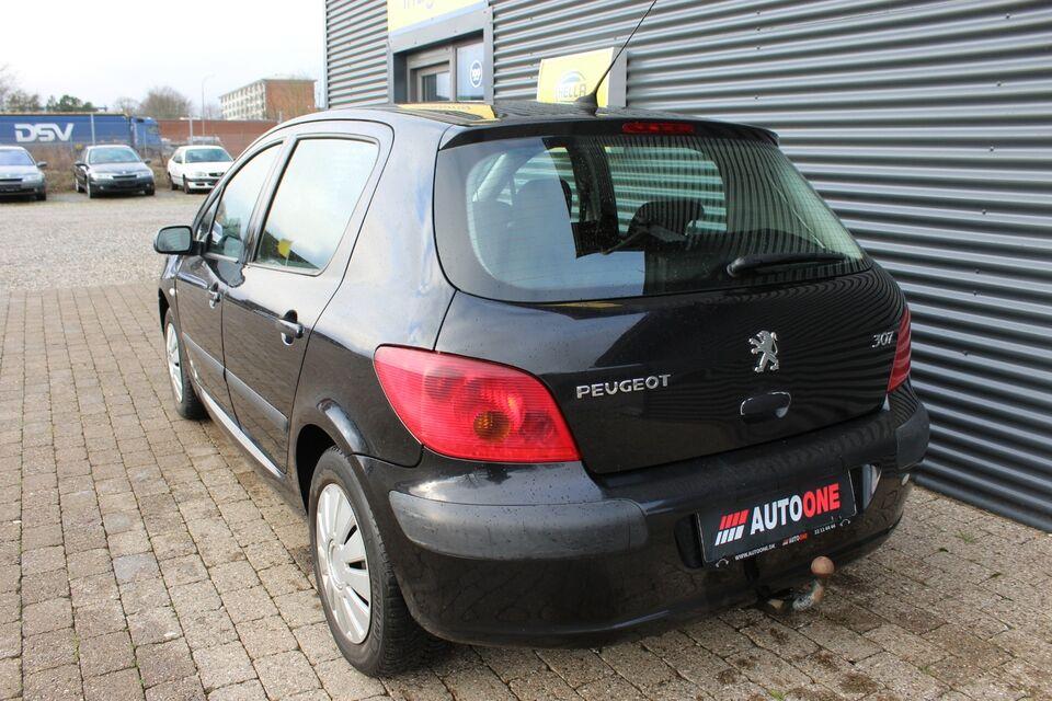 Peugeot 307 2,0 XS Benzin modelår 2002 km 287000 Sortmetal
