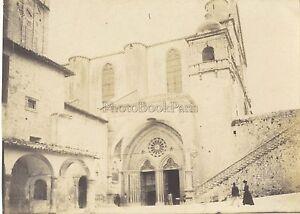 Sentada Asís Egliseitalie Italia Foto Aficionado Vintage Analógica Mate Aprox