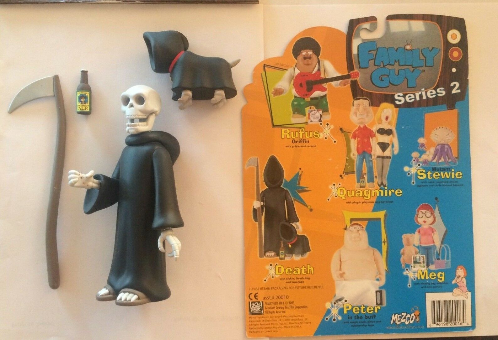 Mezco Family Guy Guy Guy series 7 DEATH (SKELETON SKELETAL VARIANT)  loose + complete 35a531