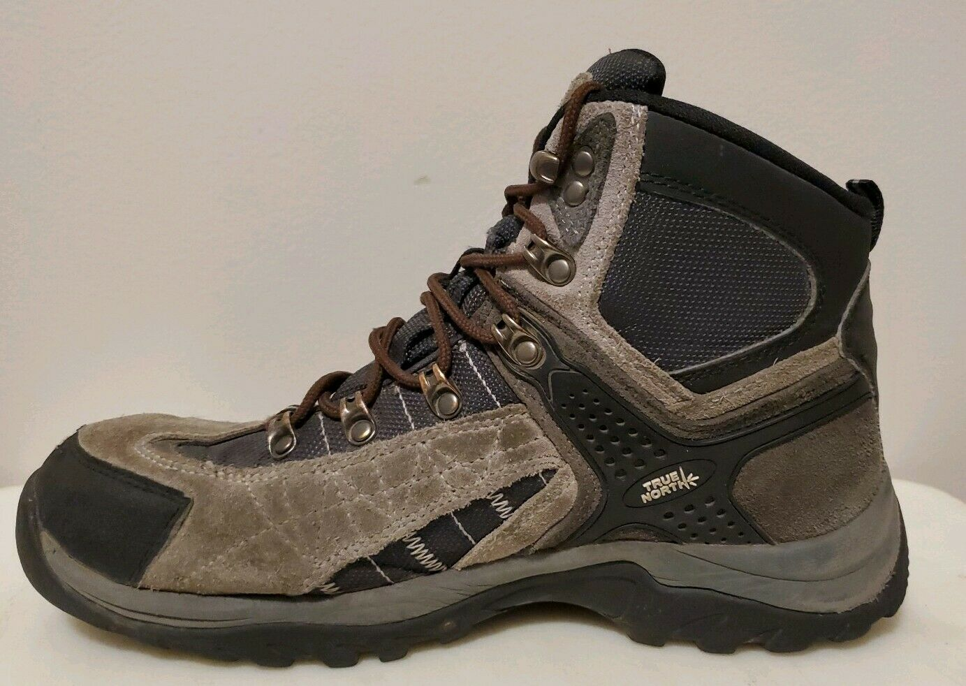 Khombu Men/'s Tyler Suede Leather Upper Black//Grey Boots Variety in Size