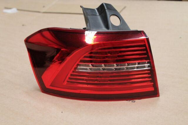 VW Passat Variant B8 3G5 Feu Arrière LED à gauche Extérieur 3G9945207