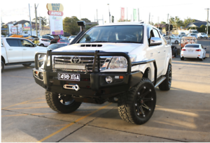 Toyota-Hilux-2005-2014-Premium-Series-Bullbar-ADR-Approved-Winch-Airbag-Applied