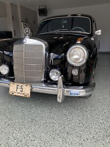 1958Мercedes Benz 220 S-Class. In exellent condution. Start and drive smoutly.