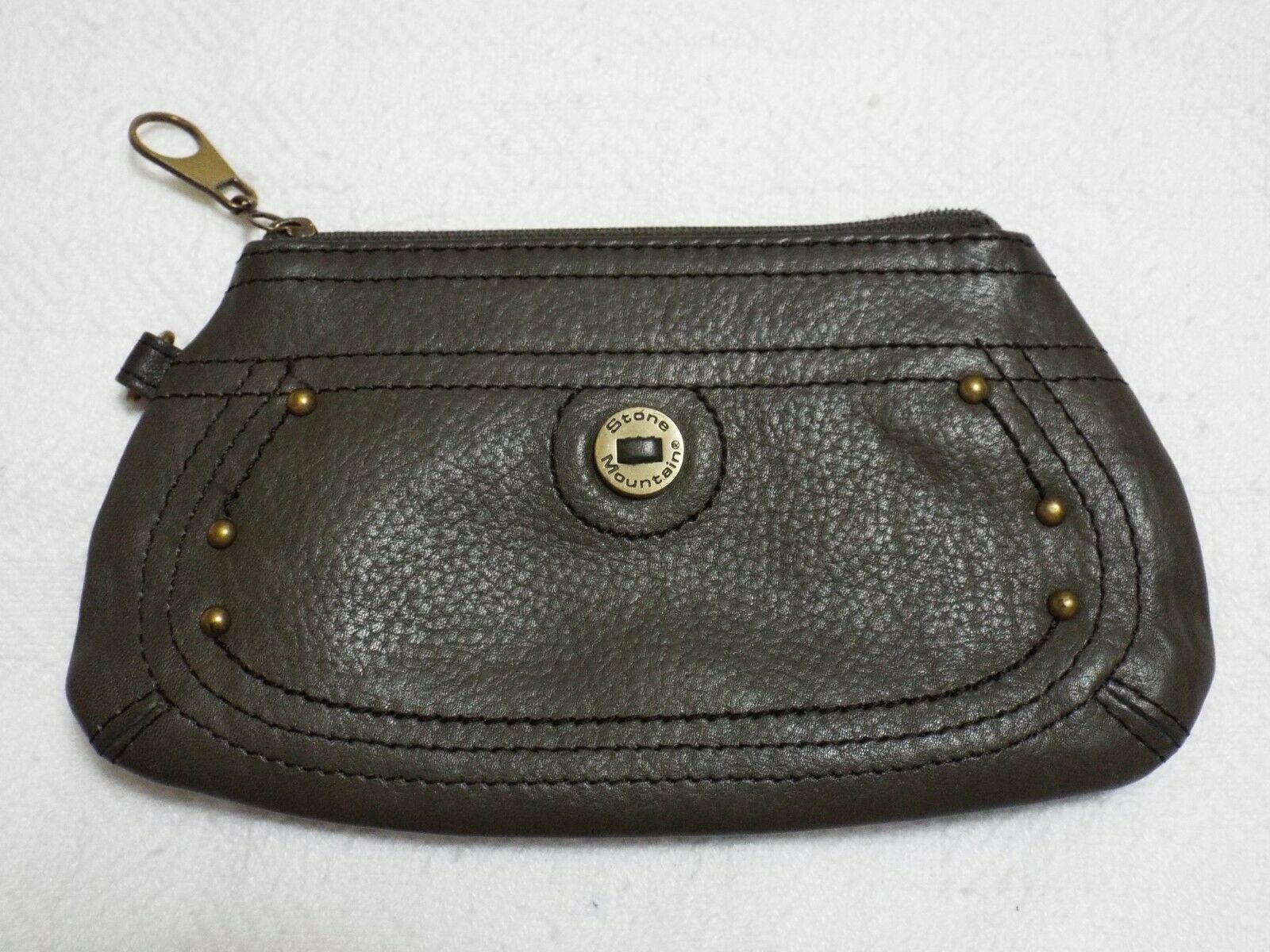 CLEARANCE!!! Genuine Leather Stone Mountain Olive Green Wristlet Clutch Wallet