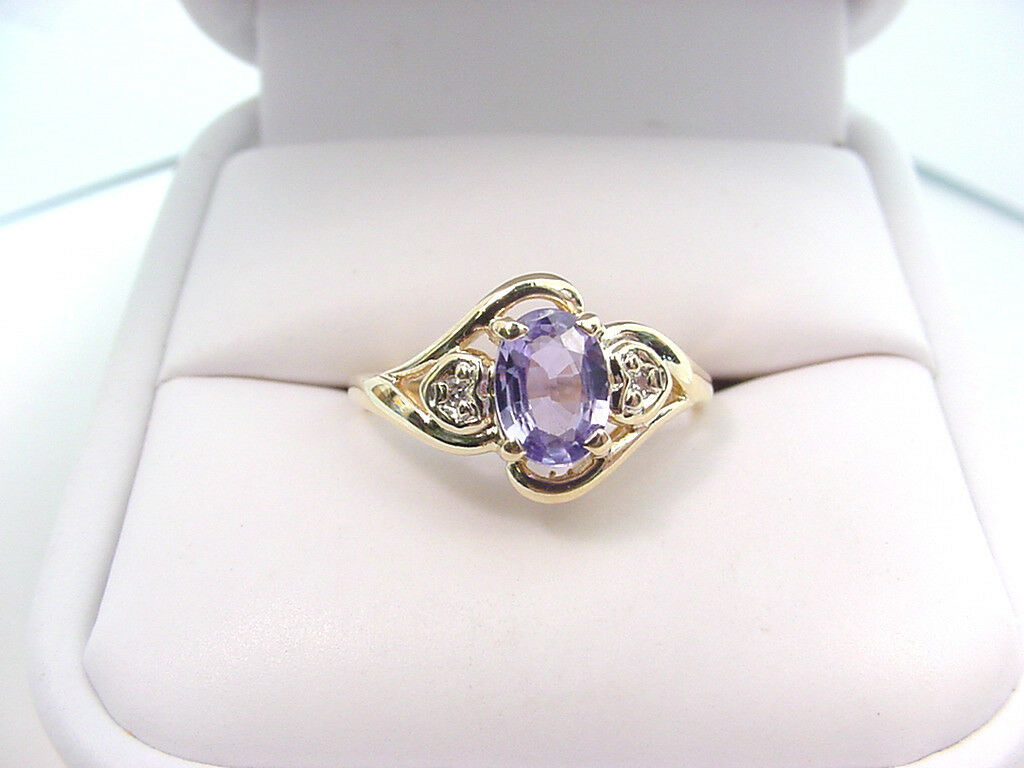 BEAUTIFUL purple blueE NATURAL SAPPHIRE  and  DIAMONDS 10K gold RING