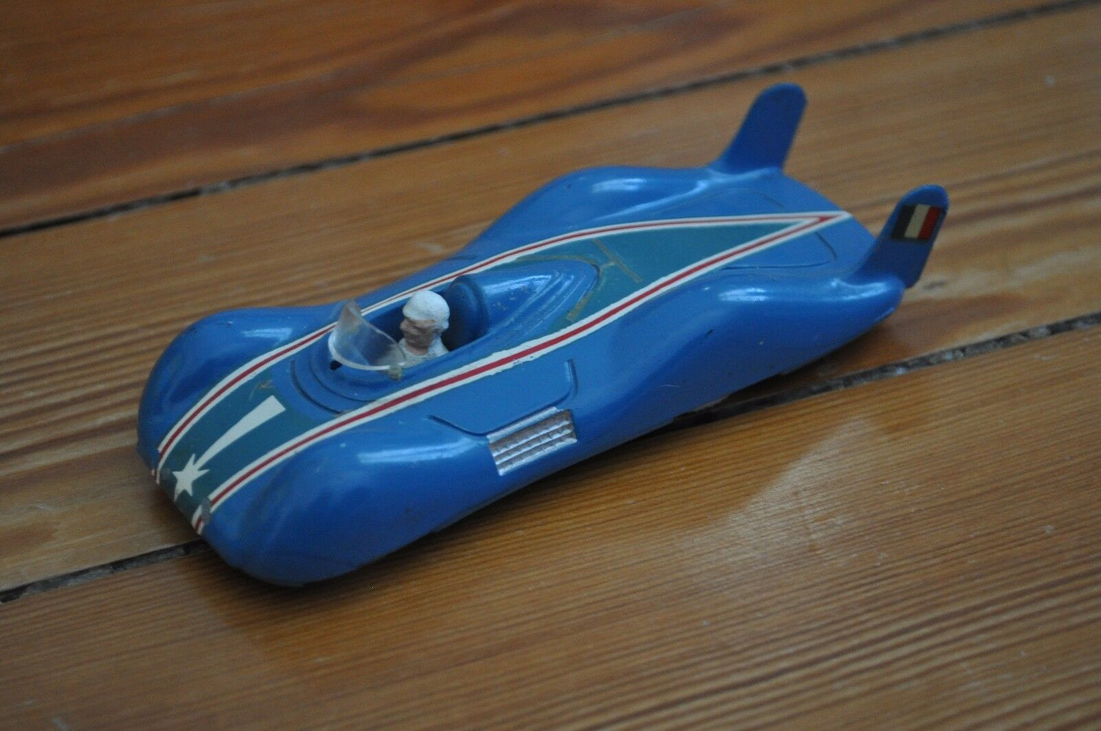 QUIRALU RENAULT ETOILE FILANTE  Miniature Die Cast - No Dinky Toys