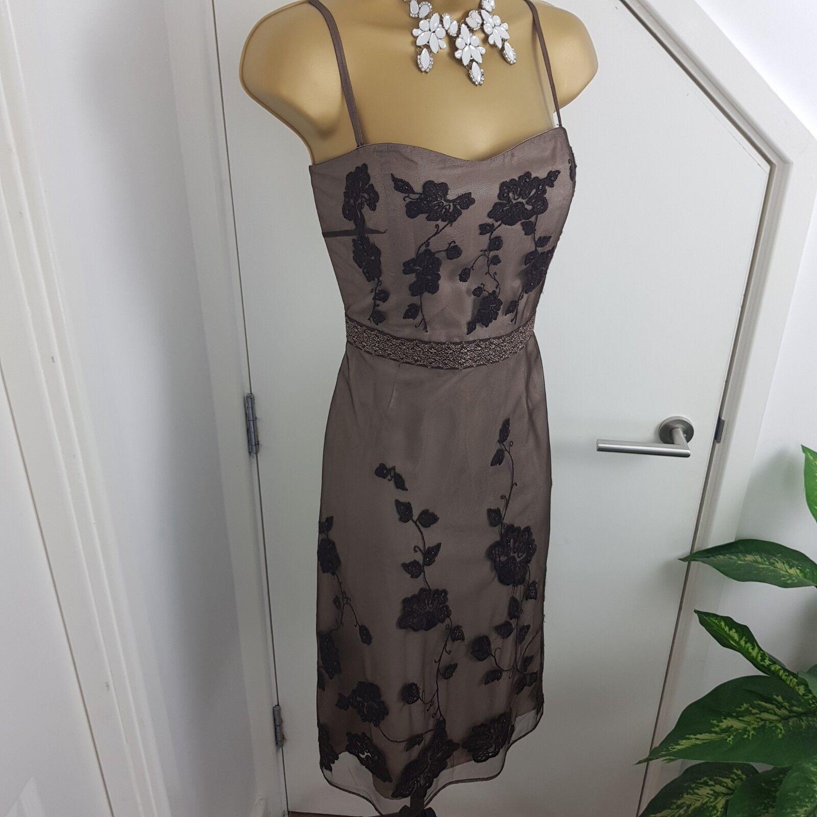 Coast Coast Coast Dress Midi Strap Lace Mono Boned Embroiderot Flower Occasion braun Größe 12 | Rich-pünktliche Lieferung  | Verschiedene Stile  | Exquisite Verarbeitung  e43039