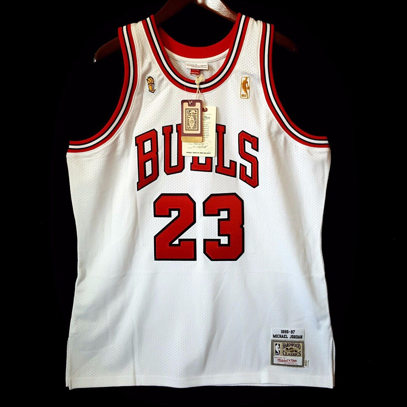 100% Authentisch Michael Jordan Mitchell Ness 96 97 Finals Bulls Bulls Bulls Trikot 48 XL 6d3525