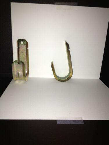 Gold J hooks PN pack of 2 JH-32