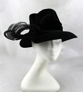 STERN-BROTHERS-New-York-Vintage-Black-Velvet-Feathers-Cloche-Dress-Hat-Italy