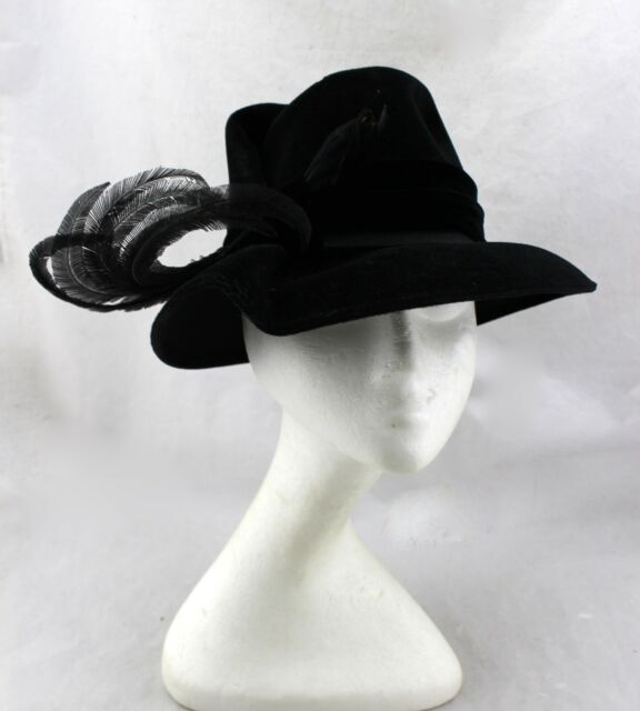 STERN BROTHERS New York Vintage Black Velvet Feathers Cloche Dress Hat Italy