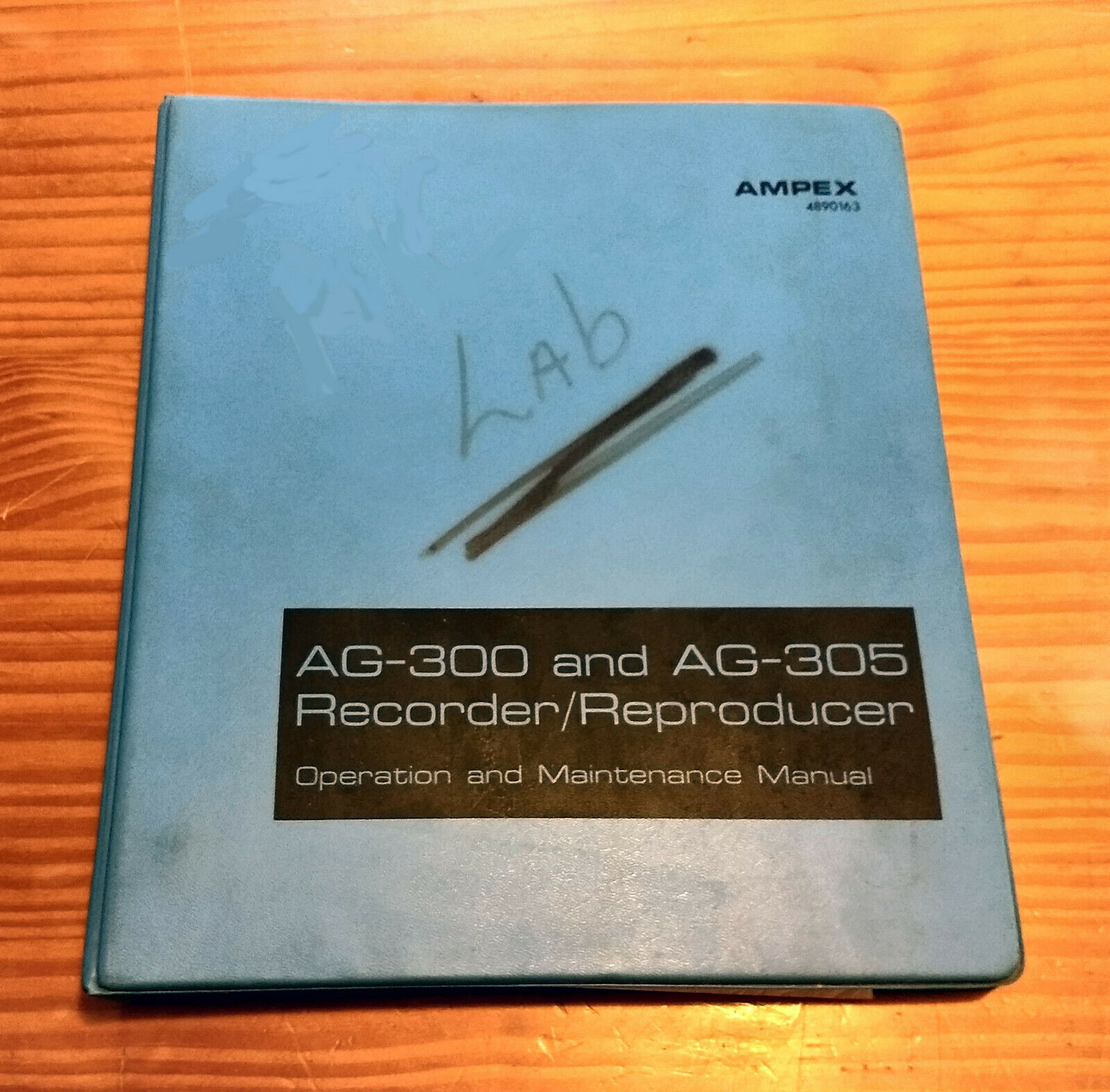 AMPEX AG-300 & AG-305 Tape Recorder Operation and Maintenance Manual