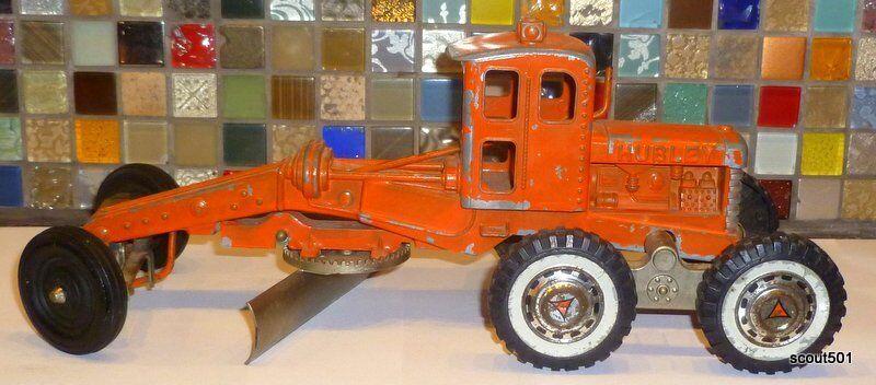 """Vintage Hubley Orange Diesel Road Grader Diecast 12 ½"""" Long"""
